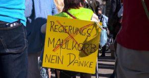 presse-service.at Netzwerk freier Fotojournalist*innen - Foto von einer FPÖ Kundgebung gegen Corona Maßnahmen am 20.05.2020